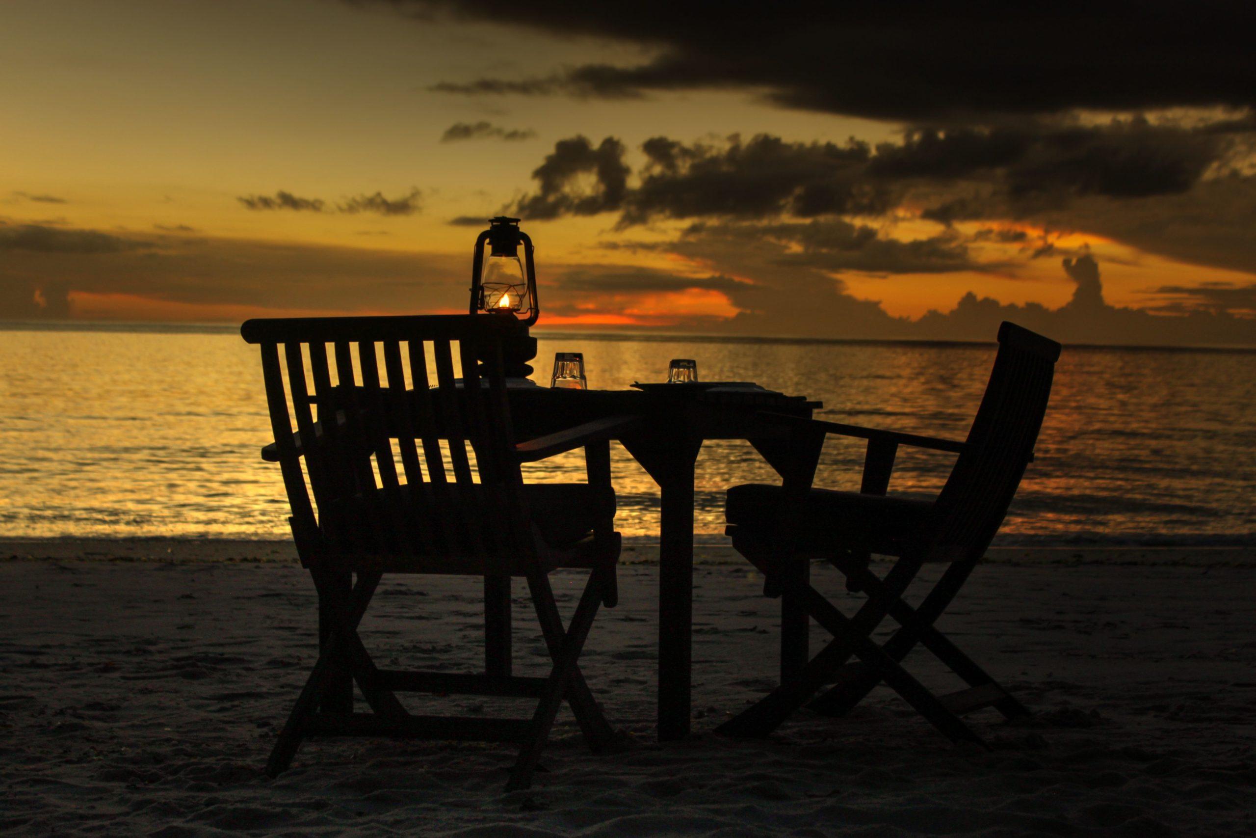 IMG_0075_tonemapped_Beach table